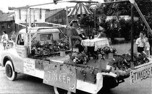 Jack Smith, at Godalming Fayre, as 'The Mayor of Milford', having a pint in 'The Tinker's Rest'.