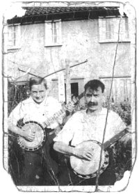 Ray and his father at Beechen Drive, with banjos - mid-1930s, courtesy Dave Andrews
